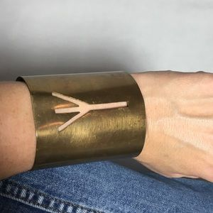 Jewelry - Brass cuff